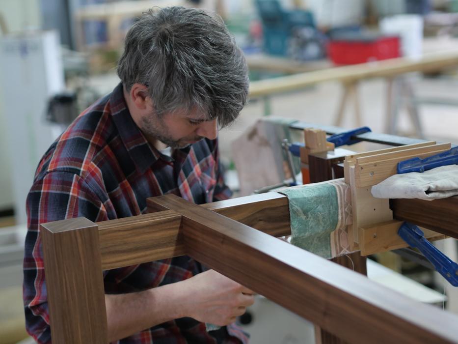 Jules Battais atelier fabrication table basse Jules B