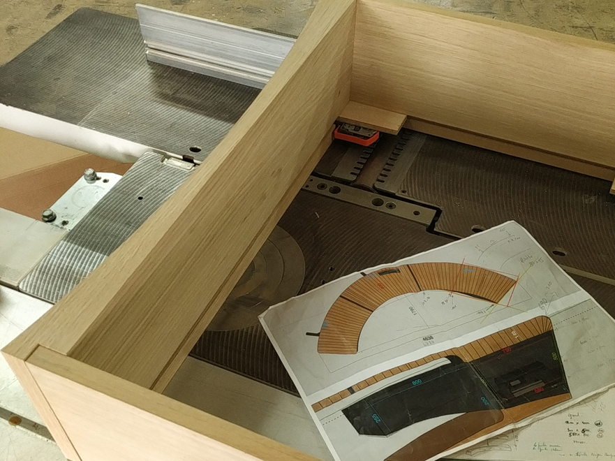 Grand bureau cintré Jules B - détail tiroir