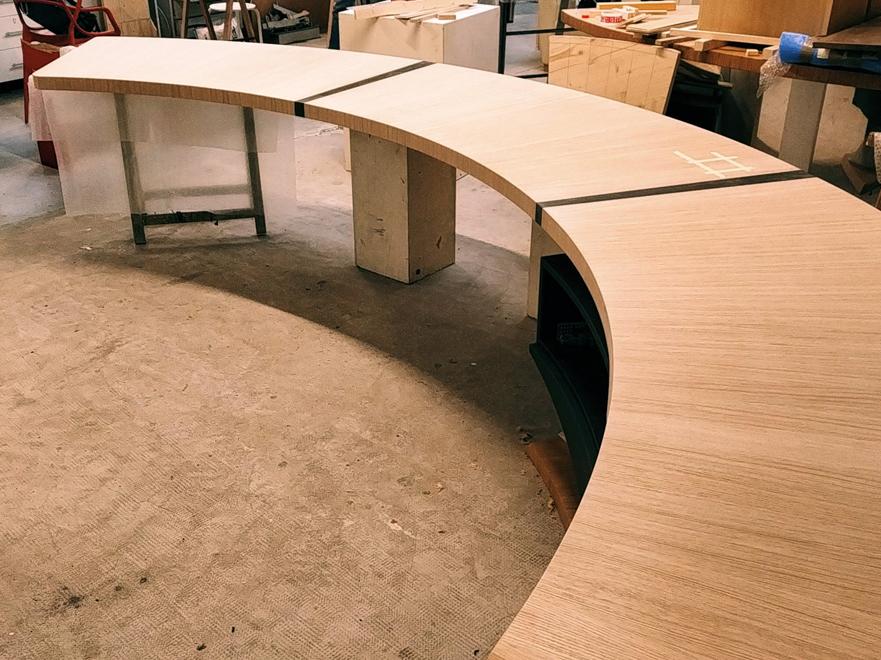 Grand bureau cintré Jules B - atelier